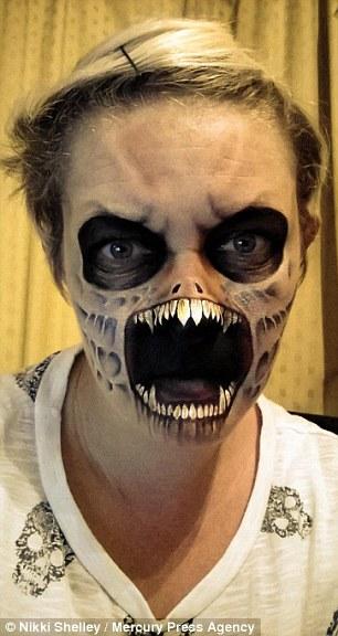 這個媽媽自學超逼真的恐怖化妝技術,驚人到讓專業特效團隊都想挖角!