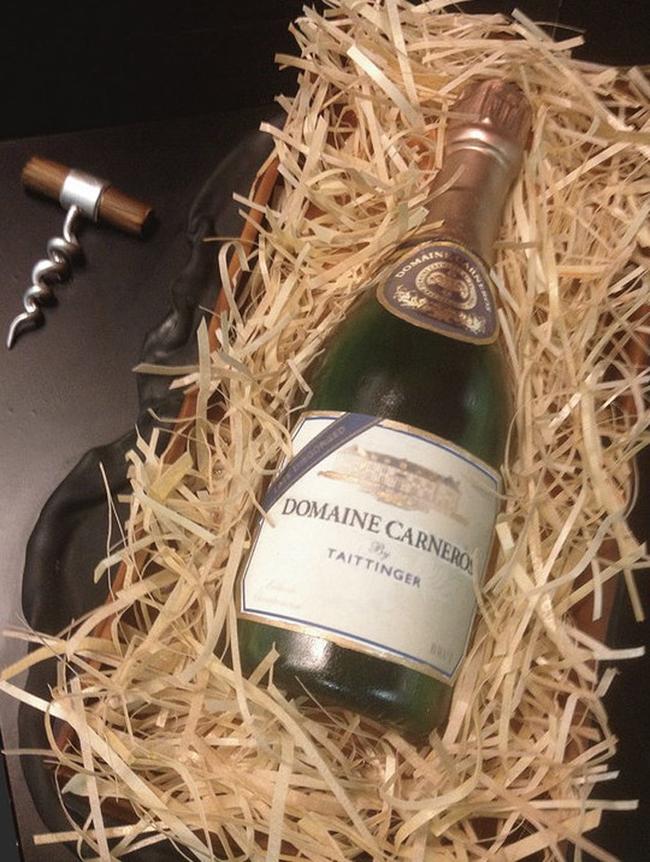 一瓶香檳蛋糕