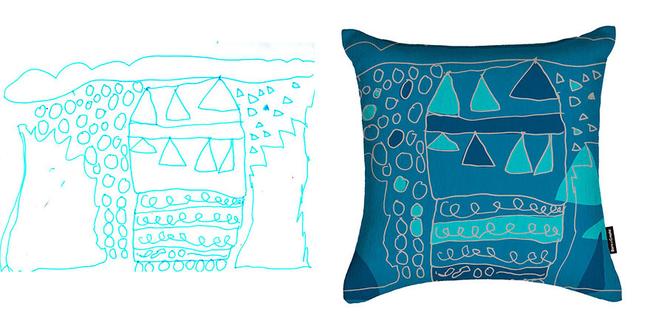 這個枕頭是不是看起來很有藝術感?女兒負責畫,媽媽負責上色。