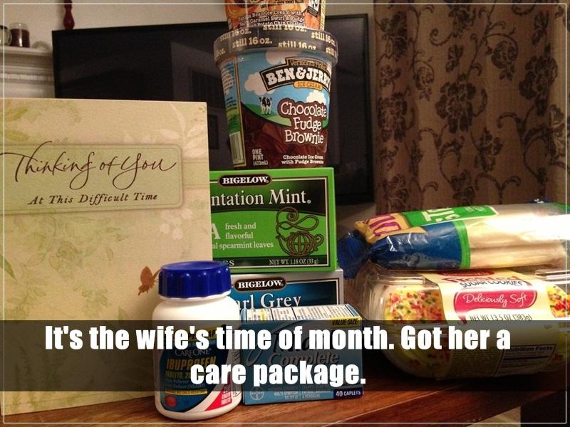 23. 在老婆生理期的時候,送她一個救濟包裹。(滿滿的甜食啊!)