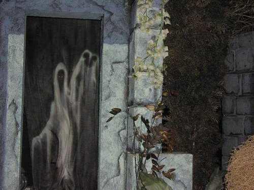 20. 鬼屋(Haunted House):鬼的手就是米奇