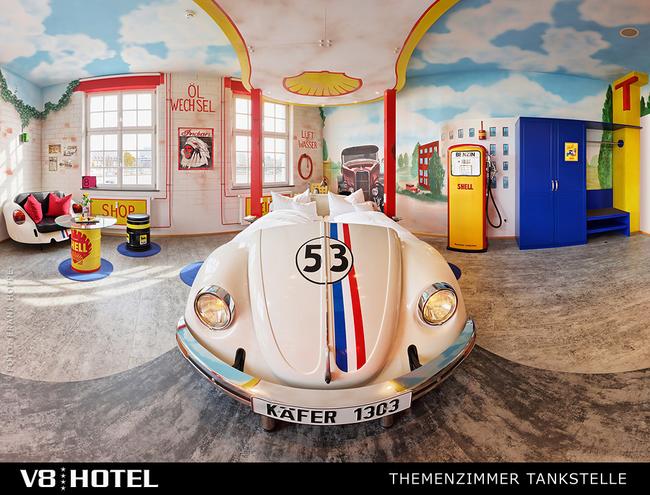 德國 伯布林根,V8飯店 (The V8 Hotel, Böblingen, Germany)