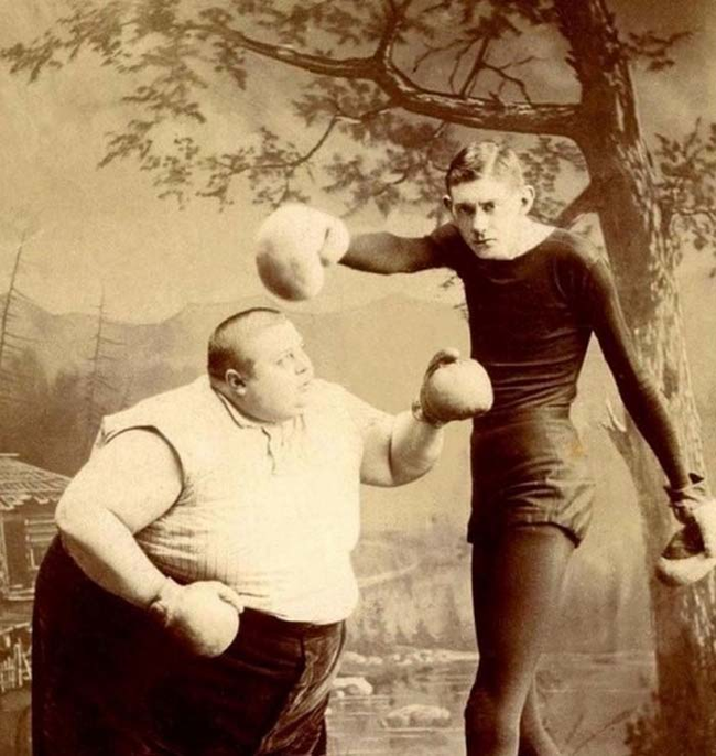20個古代的畸形馬戲團員證明,以前的人對娛樂的看法真的很不一樣!