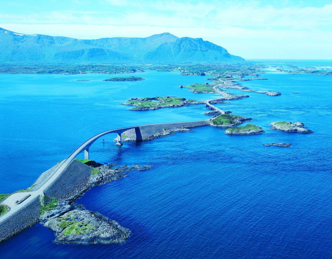 Or Atlanterhavsveien in Norwegian.