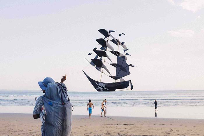 29.) Watch out! The pirates are attacking. Or wait...nah never mind, it's just a kite.