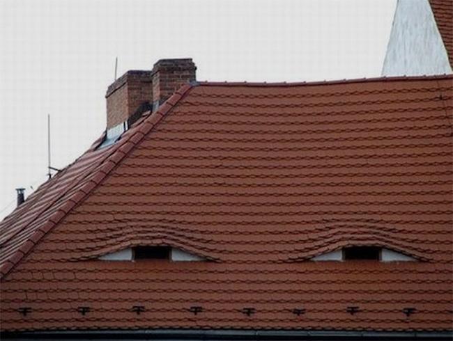 16.) 非常不懷好意的房子。