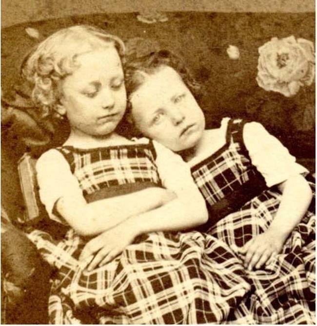 21張維多利亞時期的老照片讓人感到毛骨悚然...你發現到他們是什麼時就會知道你的直覺是對的!