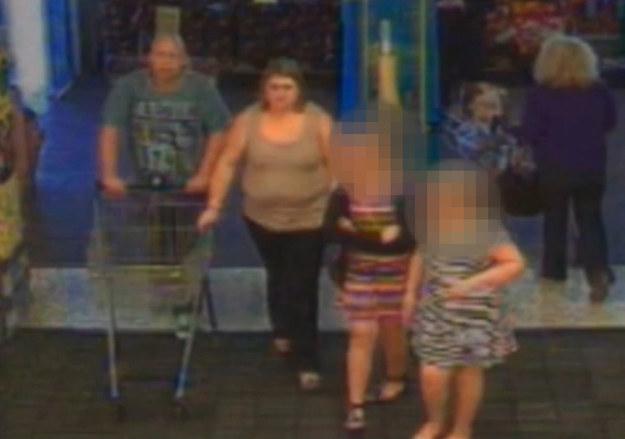 這個男人癱瘓又昏迷了兩年,但又被監視器拍到去超市購物?原來是個史上最扯的騙局!