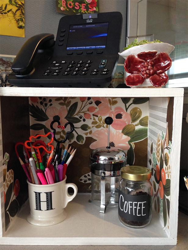 30. 帶自己的法式濾壓壺和咖啡豆來提升自己的咖啡等級。