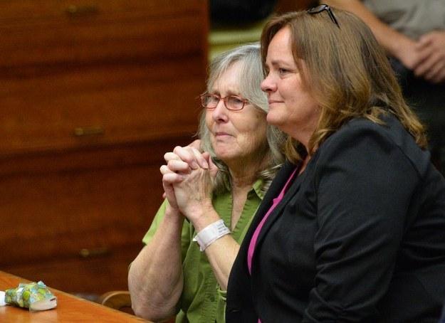 高等法院法官說:「我相信她是無辜的,而我相信在這個案例中,司法系統失敗了。」據稱,在法庭中,Mellen所有的家人和朋友,在法官裁定後,都大聲鼓掌。