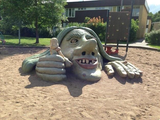 19個會讓你做惡夢的兒童遊樂設施。半夜驚醒就是這樣產生的!