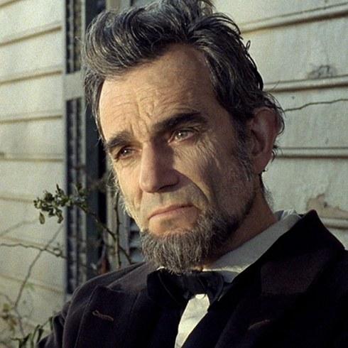 3. 丹尼爾·戴-路易斯飾演《林肯》的亞伯拉罕·林肯 (Daniel Day‑Lewis as Abraham Lincoln in Lincoln)