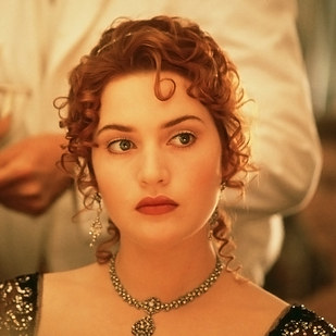凱特‧溫絲蕾 (Kate Winslet) 飾演 蘿絲·狄威特·布克特Rose DeWitt Bukater