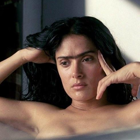 4. 莎瑪·希恩飾演《揮灑烈愛》的芙烈達·卡蘿 (Salma Hayek as Frida Kahlo in Frida)
