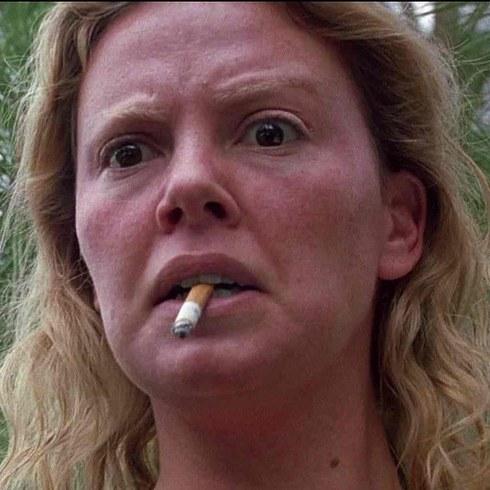 16. 查理茲·塞隆飾演《女魔頭》的艾琳伍爾諾斯 (Charlize Theron as Aileen Wuornos in Monster)