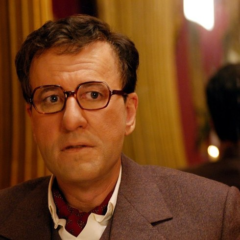 11. 傑佛瑞·羅許飾演《彼得·塞勒斯的生與死》的彼得·塞勒斯 (Geoffrey Rush as Peter Sellers in The Life and Death of Peter Sellers)