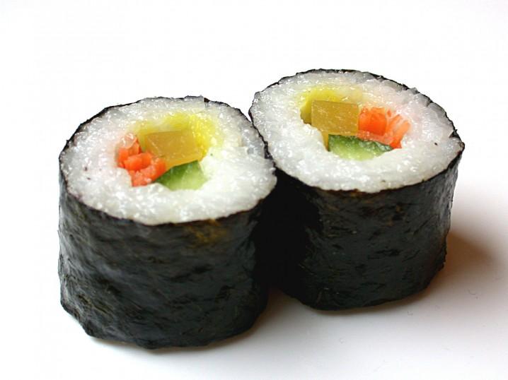 28. 寿司:每个 50 卡