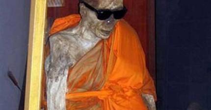 要成為傳說中的「肉身菩薩」原來辛苦成這個樣子!僧侶必須先經過極度痛苦才可以成佛。