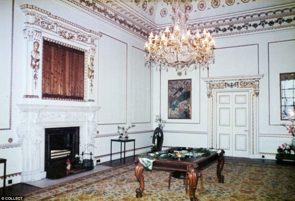 全英國最大的私人豪宅即將出售。大到需要85名員工才能維持!