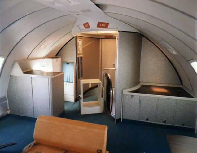 1970年的古早飛機艙,怎麼比我們現在的先進這麼多啊?