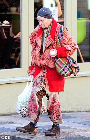 我們都很愛知名時尚品牌,但設計它們的大師級設計師平時都怎麼打扮?