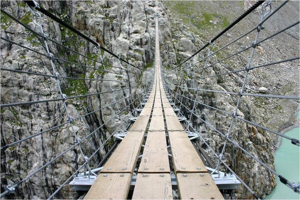 瑞士 Trift吊橋