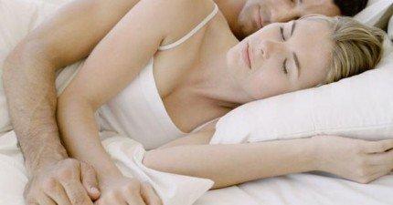 你絕對不會相信,每天晚上和另一半相擁入眠的好處居然這麼多!