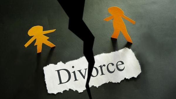 """女人一旦離婚之後,都很怕被貼上""""失婚""""的標籤,也害怕這樣的標籤會對她們未來在找新對象時造成影響。然而,離婚可以是一個很棒的經歷,甚至讓妳在未婚的朋友圈中略勝一籌呢!你問我理由嗎?看下去妳就知道了~"""