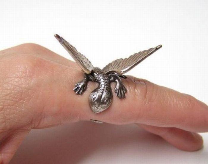 24款會讓覺得手指頭不夠多的超創意戒指!