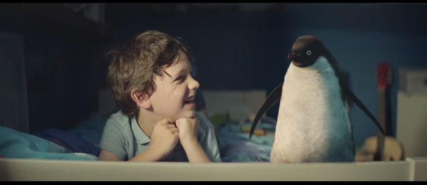 這隻小企鵝今年的願望會讓你的聖誕節完美。