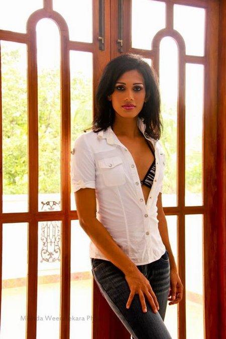 斯里蘭卡名模Chamila Asanka在模特兒界表現得越來越好,她同樣是2011年國際皇后小姐的參賽者。