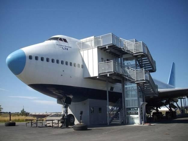 14.) 瑞典 斯德哥爾摩 巨型噴射機飯店 Jumbo Jet Hostel in Stockholm, Sweden