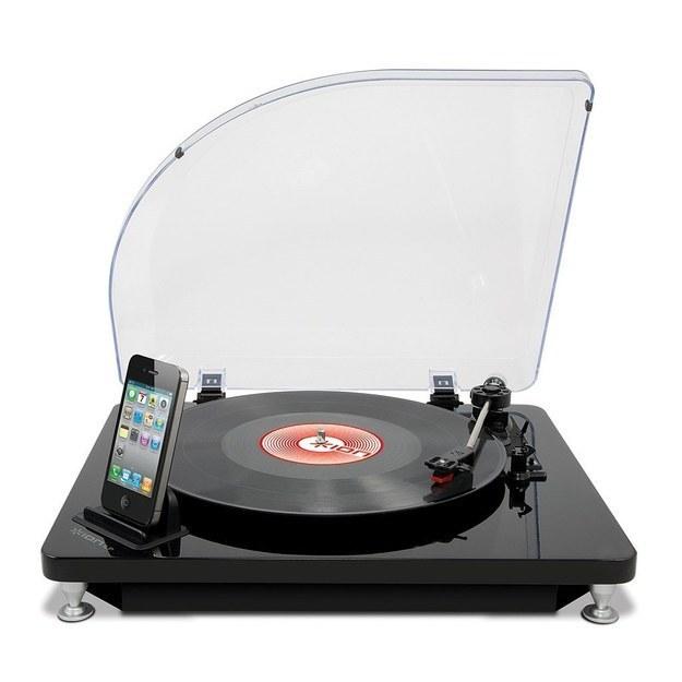12. 数位转换唱盘,你可以把你的老唱片直接输入iTunes。