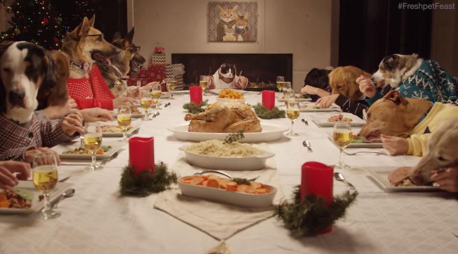 這真的有可能會是你看過最奇怪但可愛的聖誕大餐。