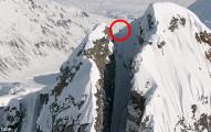 史上最不怕死的滑雪,狂人搏命從近乎90度峭壁飆下差點沒命!