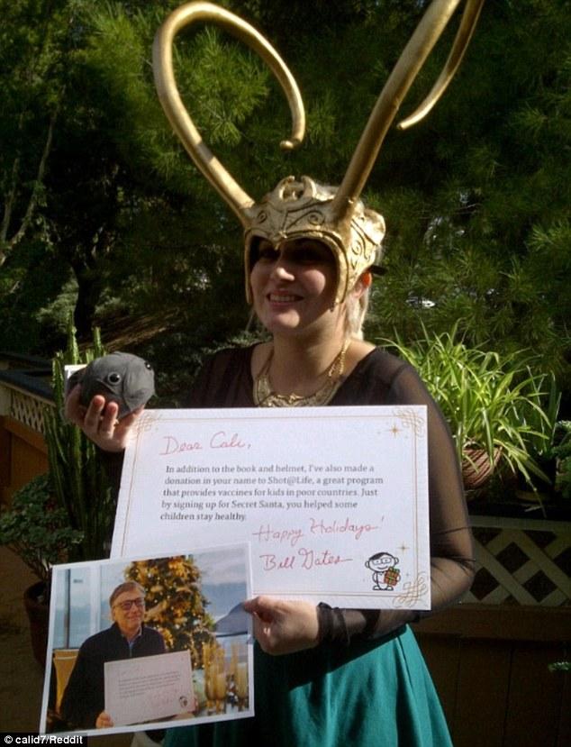這個女網友萬萬沒有想到今年居然會收到一個來自比爾蓋茲的神祕昂貴禮物。讓所有人都羨慕死了!