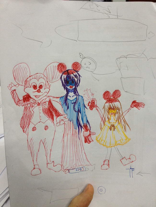 學生在考卷塗鴉還不夠看,這名老師居然還用紅筆幫他們的塗鴉加工!