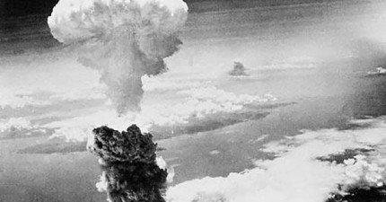 美國在二次大戰投下原子彈之前,曾經從高空投下千萬封傳單請日本人民撤離。