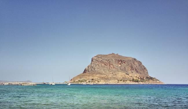 這個島嶼背後藏著的小世界太不可思議了,彷彿與世隔絕。
