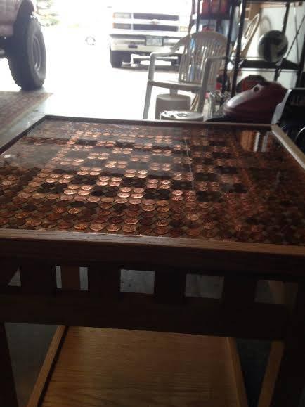 哥哥為最愛的弟弟親手打造的棋盤桌,只要近看就會看到讓你無比感人的兄弟情。