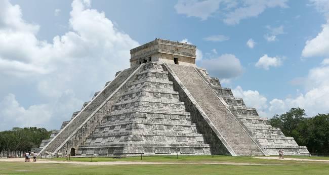 馬雅文明消失太倉促 史學家終於有新發現:和美麗的大藍洞脫不了關係!