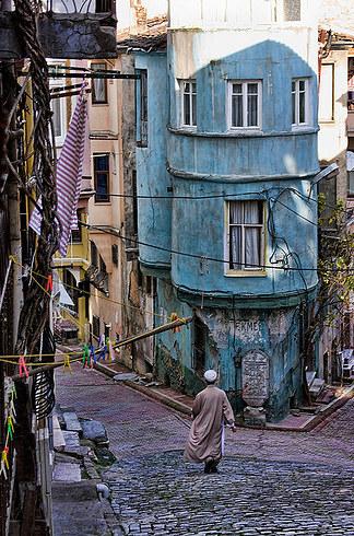 21.鵝卵石撲滿街道,多種色彩的美麗街道: