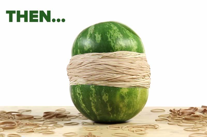 要用幾個橡皮筋才能把一顆西瓜給擠爆?