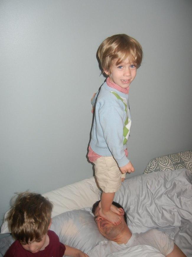 奶爸無法睡到自然醒