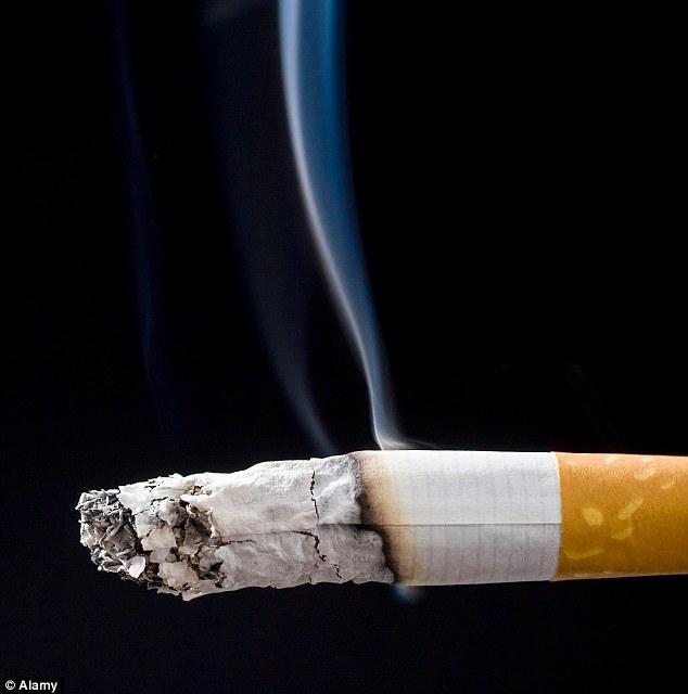 而在台灣,抽煙人口大約有超過430萬,每5個癌症死亡人口就有1個是死於肺癌,肺癌已經連續多年位是台灣癌症死因的第一名。