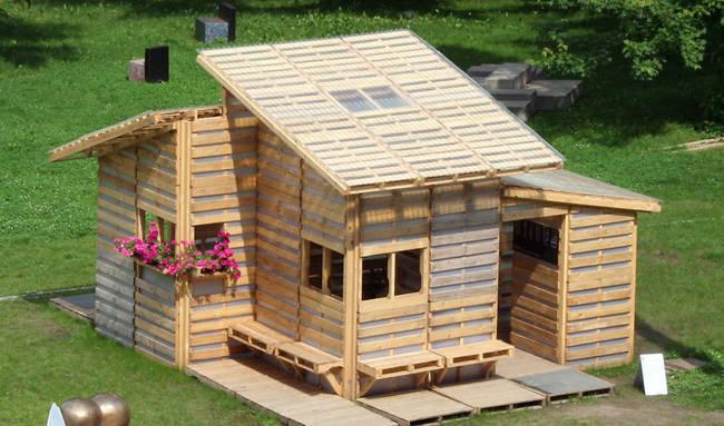 如果你聽到「垃圾屋子」,你一定不會想到其實它們會長得這麼漂亮!