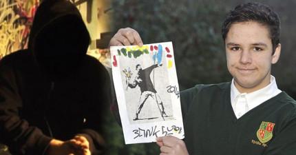 這位學生幫了陌生人的忙,結果對方竟是傳奇神隱藝術家,還以價值96萬的簽名答謝?!