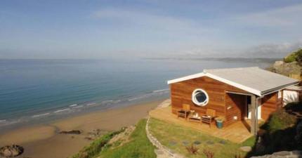 這間海邊小屋雖然只有9坪大,但內部的精心巧思卻狠狠打趴一堆高檔豪宅別墅。