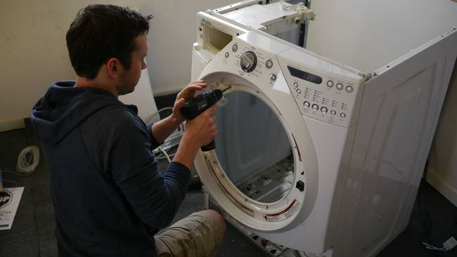 He also had to install a new front window on the washing machine. He didn't want anyone to be able to just walk up and open the fish tank like a washing machine. That would be bad.