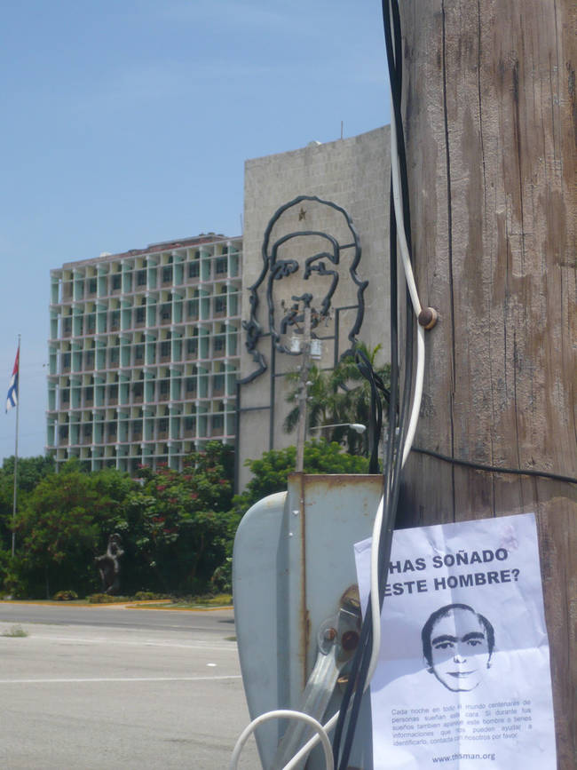 """Since then, over 2000 people have claimed to have seen """"this man"""" from countries all over the world. This picture is from La Habana, Cuba."""